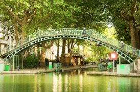 Le canal Saint Martin à Paris dans le 10e