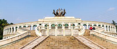 Quand le Chine construit sur le modèle luxueux parisien