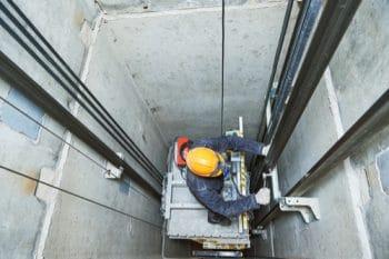 ascenseurs-immeubles-obligation-decret