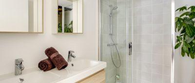 logement-neuf-douche-italienne-obligatoire