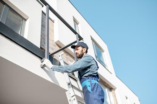 Pour des travaux modifiant la façade de l'immeuble, l'accord des copropriétaires est obligatoire.