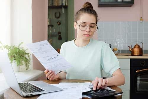 Les étudiants en contrat de professionnalisation et les apprentis ne sont pas concernés par la réforme des APL pour le moment.